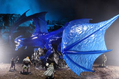 D&D Icons: Sapphire Dragon Premium Figure