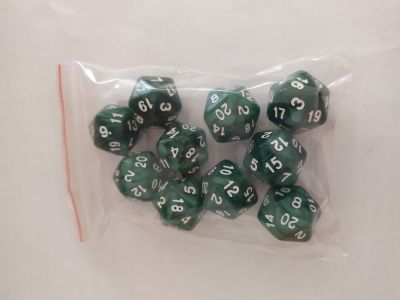 10 PEARL D20 GREEN/WHITE