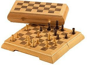DELUXE TRAVEL CHESS MAGNETIC (2716)